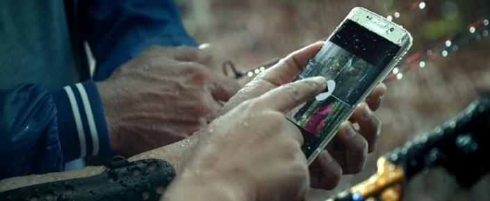 Galaxy S7 İçin Yayımlanan Reklam, Cihaza Gelecek İki Yeni Özelliği Doğruladı